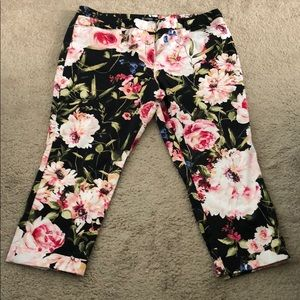 New York & Company Multi Color Floral Print Pants
